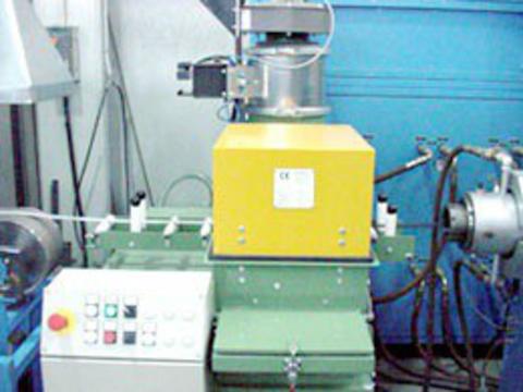 Bepuderungsmaschinen für Streifen, Schläuche und Profile